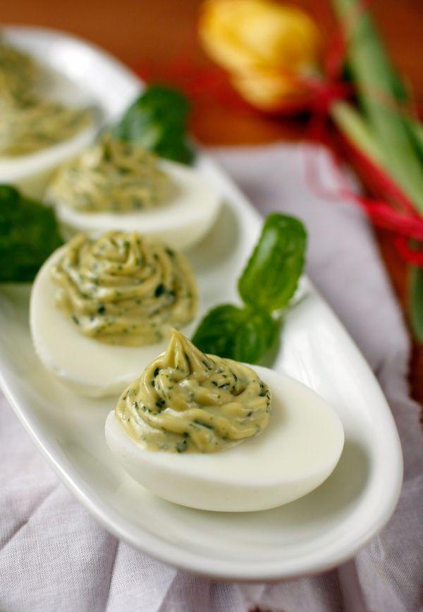 jajka faszerowane z bazylią
