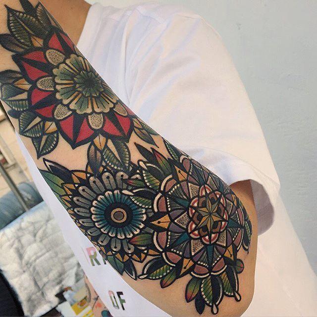 _ #만다라 컬러 긴팔 진행중입니다 longsleeve ing,, Red➖healed _ #mandala#tattoo #tradionaltattoo