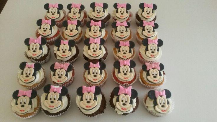 Minnie cupcakes rellenos
