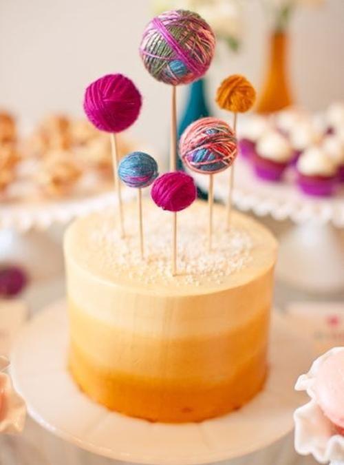 10 Toppers para decorar una tarta de cumpleaños