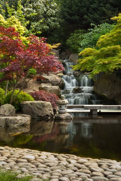 RELAX - The Kyoto Gardens in Holland Park, near Notting Hill. A relatively quiet park with beautiful gardens!
