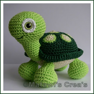 Amigurumi turtle - Want one! Pattern available at http://www.etsy.com/transaction/60402515