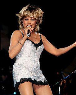 Anna Mae Bullock (Nutbush, Tennessee, 26 de noviembre de 1939), conocida artísticamente como Tina Turner es una cantante, compositora, bailarina, actriz, escritora y coreógrafa suiza de origen estadounidense, cuya carrera se desarrolló durante más de cincuenta años, además de ser una de las principales y mayores componentes de rock siendo considerada como «La Reina del Rock».