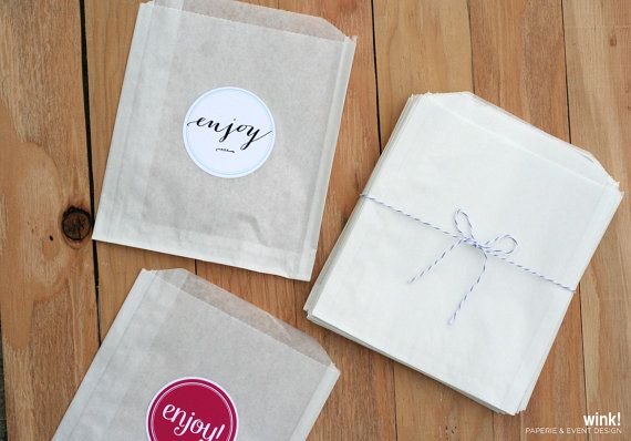 200 Treat bags / Favor Bags / Glassine Bags / by WinkEvents, $28.00 - for macaron table