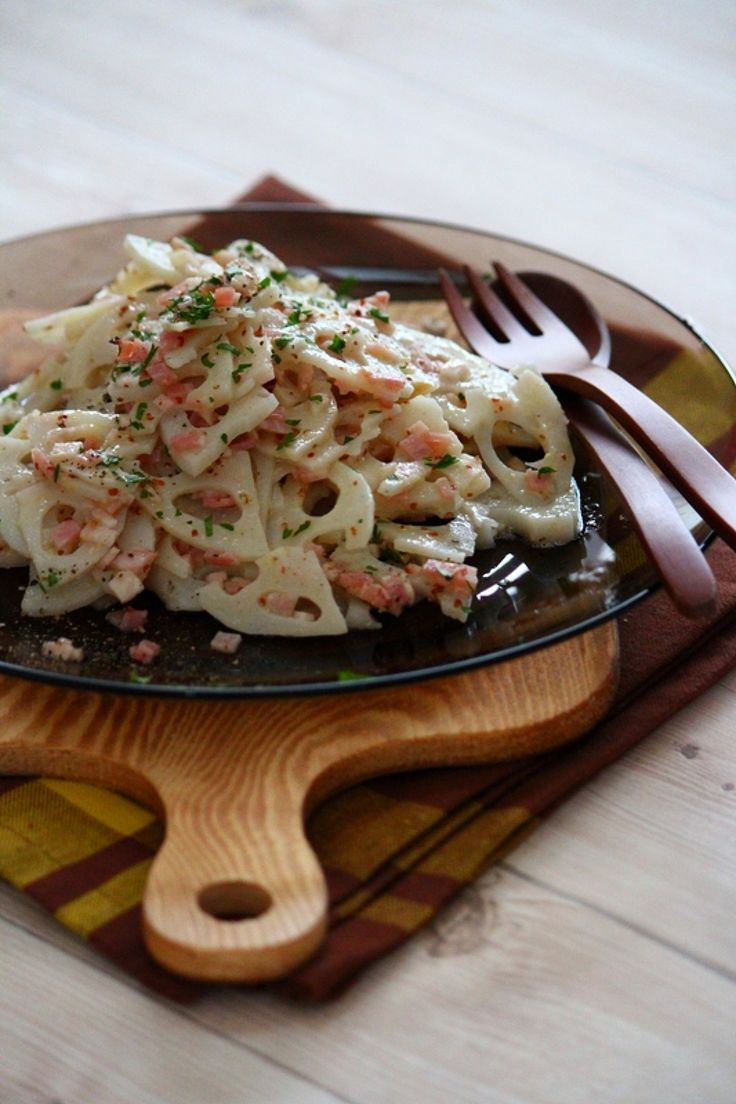 レンコンのマスタードサラダ。 by 栁川かおり / シャキシャキのレンコンのさっぱりサラダ。作り置きしておくとより味がなじみます。 / Nadia