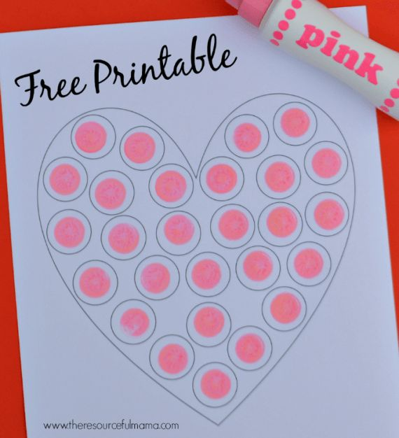 Free printable do a dot heart worksheet perfect for Valentine's Day!