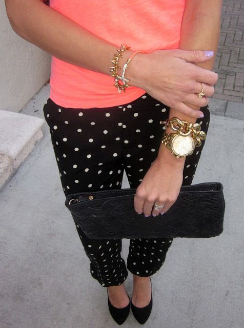 Dots : black polka dot pants, black shoes, and gold.