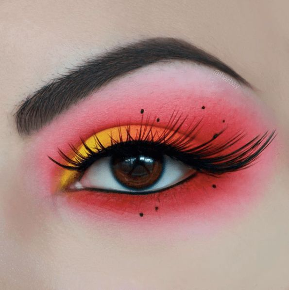 21 Sunset Makeup Looks > CherryCherryBeauty.com [Source: harbsy / Instagram]