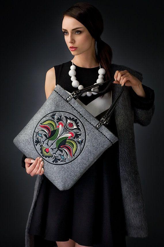 Gray  felt medium shoulder bag with the by PolishFashionDesign