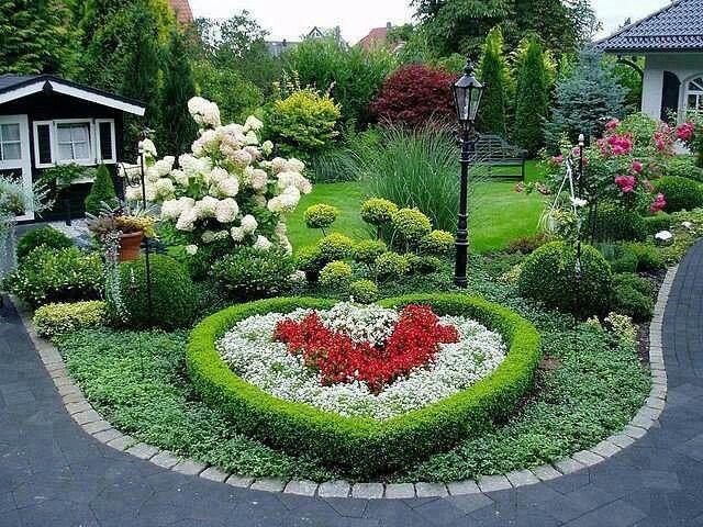 Pretty heart shaped garden  Gardening  Outdoor decor