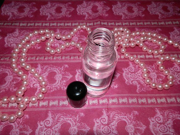 Domácí kosmetika - Jak si doma připravit pleťovou vodu