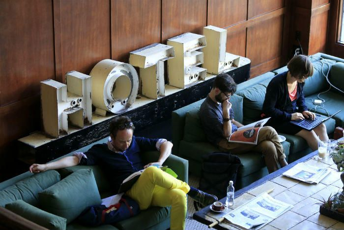 3 hotel booking sites to get bonus airline miles