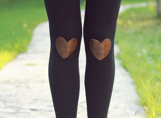 Wear your heart on your knees (not your sleeve) with these cute leggings.: Fashion Shoes, Heart Legs, Awesome Legs, Girls Fashion, Leather Heart, Girls Shoes, Cute Tights, Cute Legs, Legs Fashion