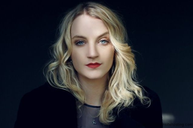 Evanna Lynch-Photoshoots,Scans,Candids and Interviews « Rubrika | snapeova-always hot news from the world of HP