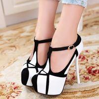 Chaussure A Talon Noir Et Blanc