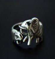 omg i love elephants