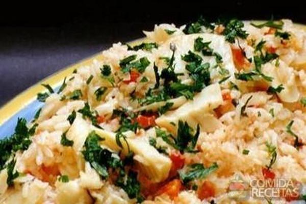 Receita de Arroz de bacalhau ao forno em receitas de arroz, veja essa e outras receitas aqui!
