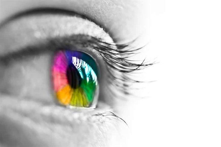 كيف يتم اختبار عمى الألوان In 2020 Eye Makeup Beauty Colored Eye Contacts