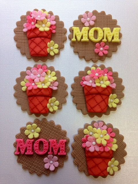 Fondant spring burlap flower pot cupcake toppers, Mothers Day