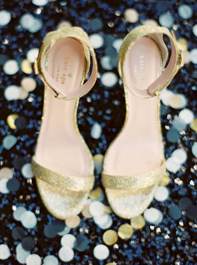 Glam gold Kate Spade shoes: http://www.stylemepretty.com/arizona-weddings/scottsdale/2016/05/19/this-baseball-player-groom-and-his-bride-hit-a-home-run-with-their-gilded-wedding/ | Photography: Elyse Hall - http://elysehall.com/