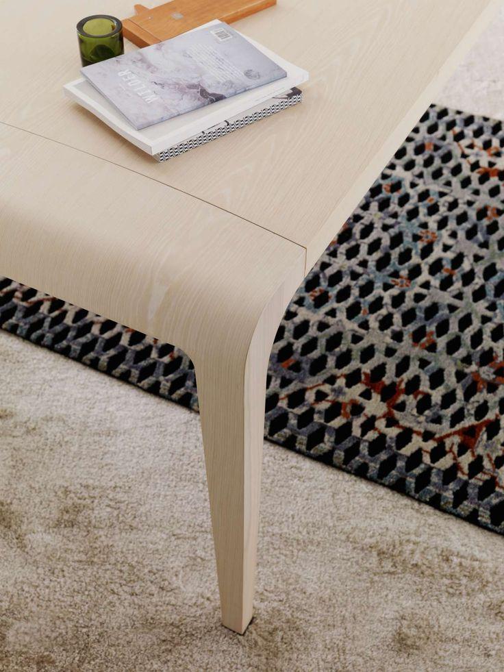 Ilvolo table by Riccardo Blumer