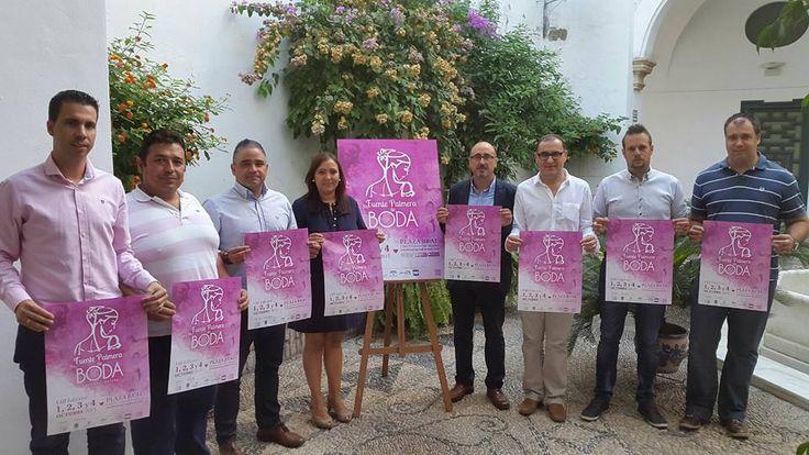 Presentación hoy del Cartel de la Boda en la Diputación de Córdoba con la Asociación de Empresarios y miembros del Ayuntamiento