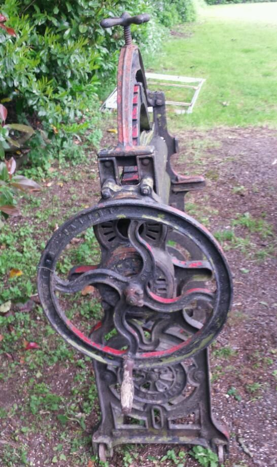 Cast iron Mangle. Very old antique. Call George 01923777483. Local delivery avaliable at extra cost