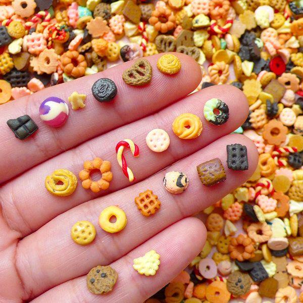 Miniaturas dulces cabujón de Fimo Mix / Surtido de dulces de arcilla de polímero (6pcs por al azar) casa de muñecas alimentos pendientes DIY arte del clavo decoración NAC198 de MiniatureSweet en Etsy https://www.etsy.com/es/listing/207697862/miniaturas-dulces-cabujon-de-fimo-mix