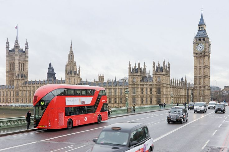 """Londoners' favourite bus has been revived by British designer """"Thomas Heatherwick"""""""