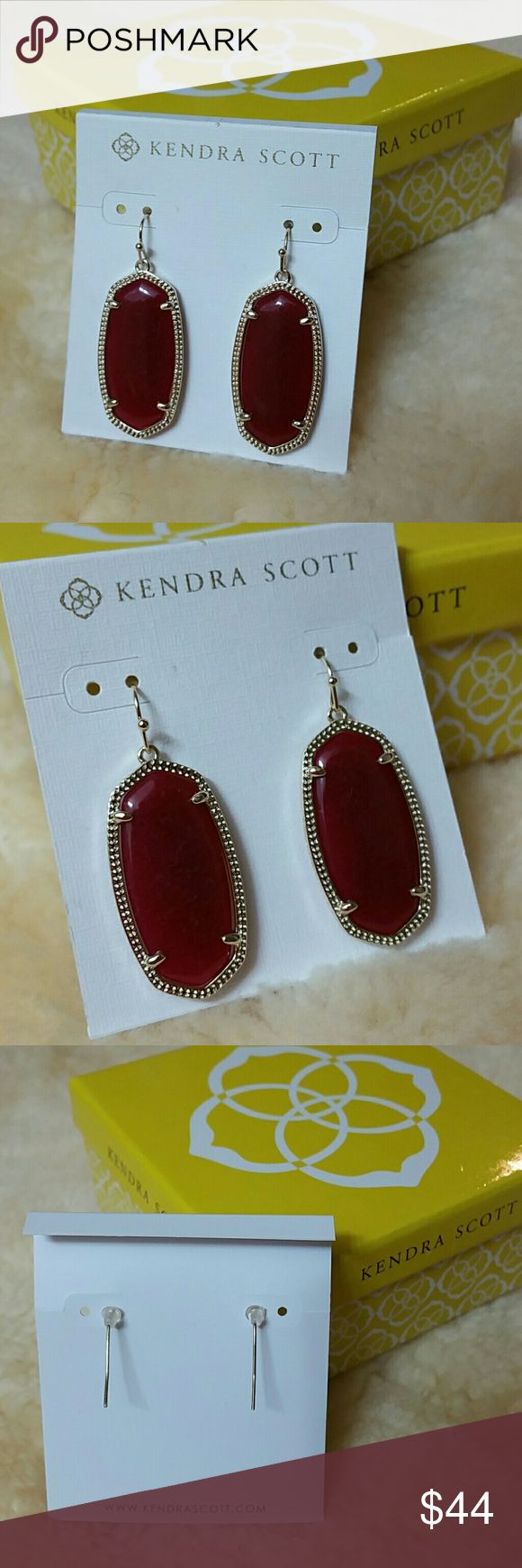 """Kendra Scott Elle earrings Gold + Maroon Jade Kendra Scott Elle earrings Gold + Maroon Jade Approx 1/2"""" drop + 1.5"""" setting and stone, overall 2"""" long Brand new and unused with earring card Does not come with dust bag or box  Stock photo showing earrings in black is for size comparison between Danielle and Elle Kendra Scott Jewelry Earrings"""