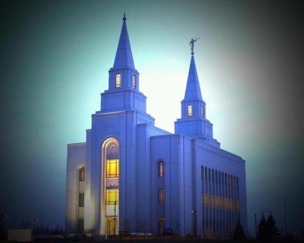 Kansas City LDS Temple #Mormon #LDStemple A modern day castle. Love it!