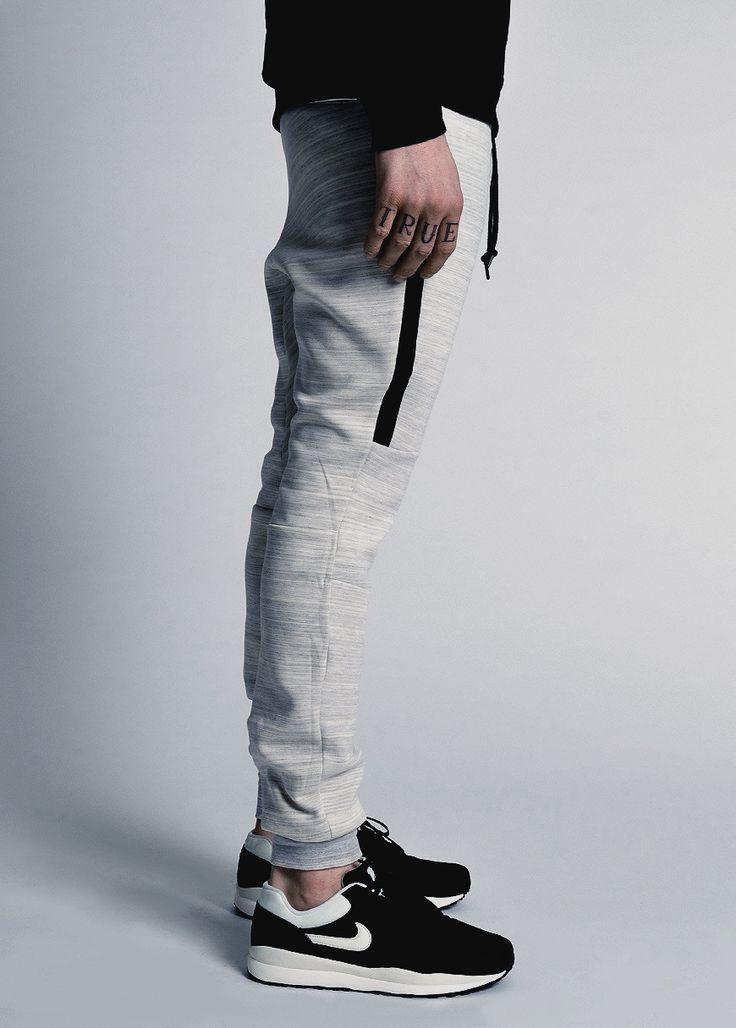 nike tech fleece pants clothes pinterest nike tech. Black Bedroom Furniture Sets. Home Design Ideas