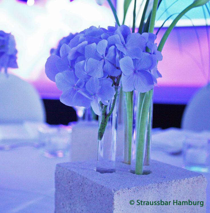 inspiration in blau blaue hortensie floristik f r event tischdekoration gestaltet von der. Black Bedroom Furniture Sets. Home Design Ideas