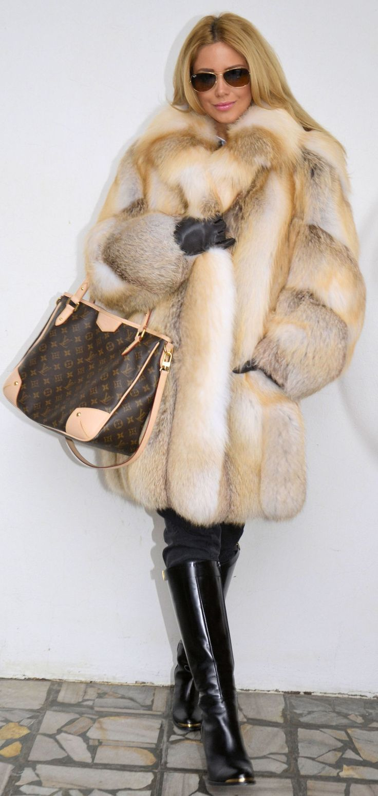 golden island fox fur coat find a great fur coat in toronto visit the yukon fur co at http. Black Bedroom Furniture Sets. Home Design Ideas