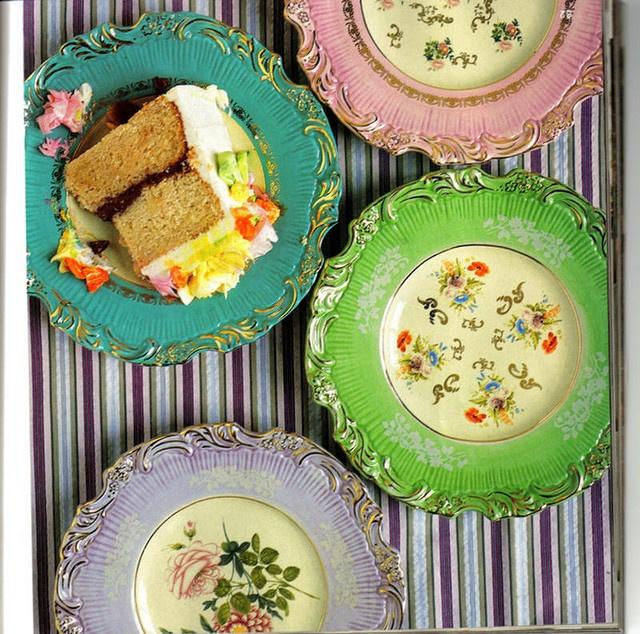 anthropologie dessert plates, vintage dinnerware, via blushing.apples on flickr