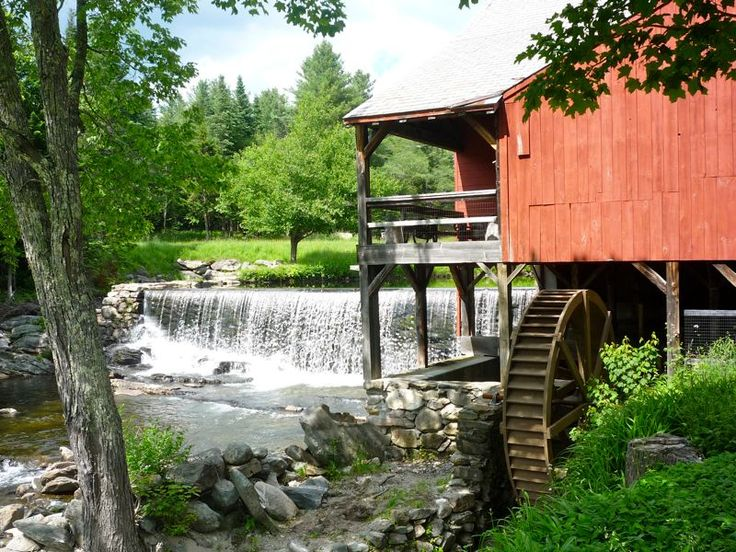 Weston Gristmill and waterfall, Weston, Vt.: http://visitingnewengland.com/vermont-pictures.html