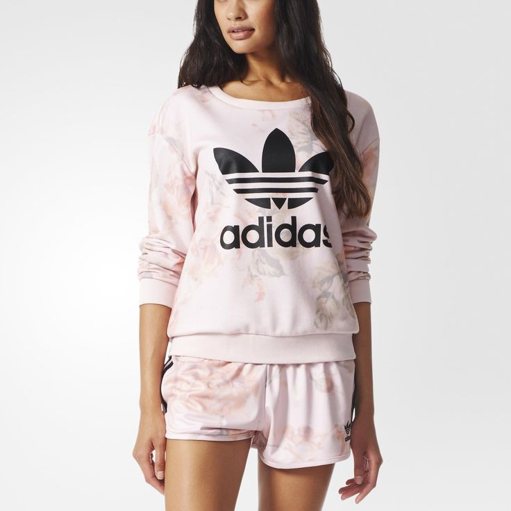adidas Originals picks a garden of pretty-in-pink style to add to this women's sweatshirt. It comes in pastel French terry with an allover roses print for an urban yet feminine look. Finished with a Trefoil on the chest.