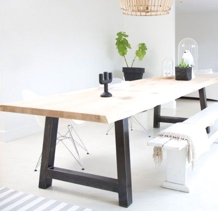 Via WW Interieurstyling | Black White Wood