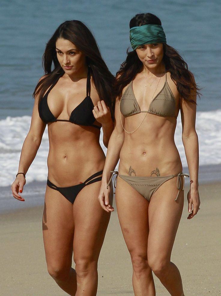Hot twins in bikini not