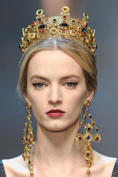 Daria Strokous at Dolce and Gabbana f/w 2013
