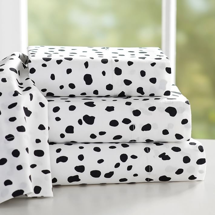 The Emily + Meritt Leopard Dot Sheet Set