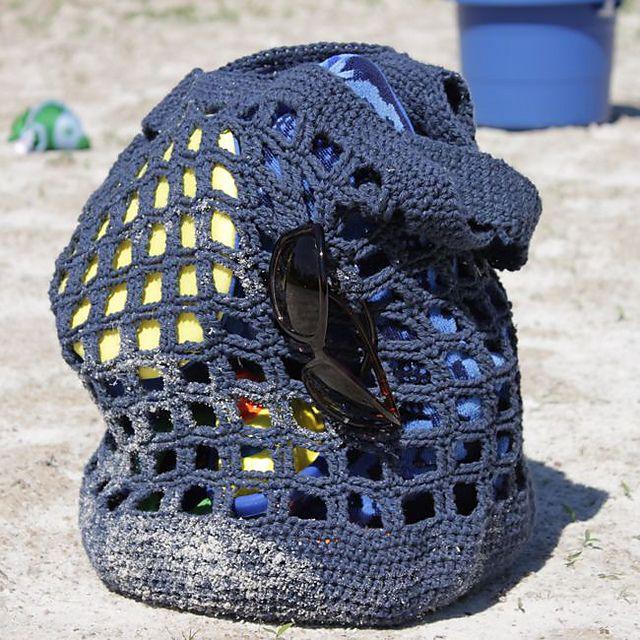 Crochet bag con patrón redactado en inglés