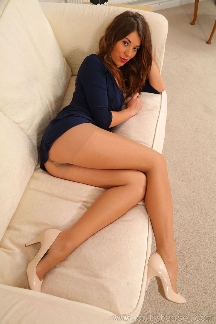 Girls With Beautiful Legs
