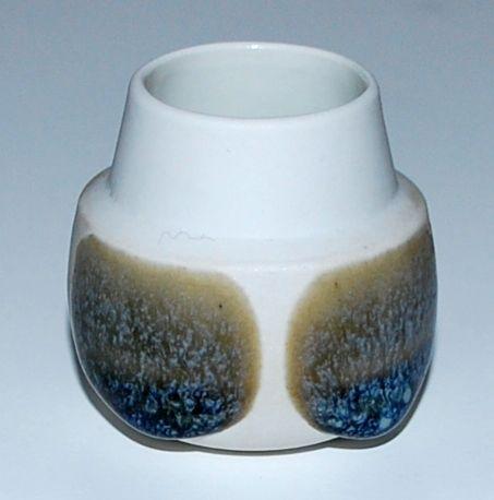 Snorre Steffensen, vase in porcelain, own studio Denmark.