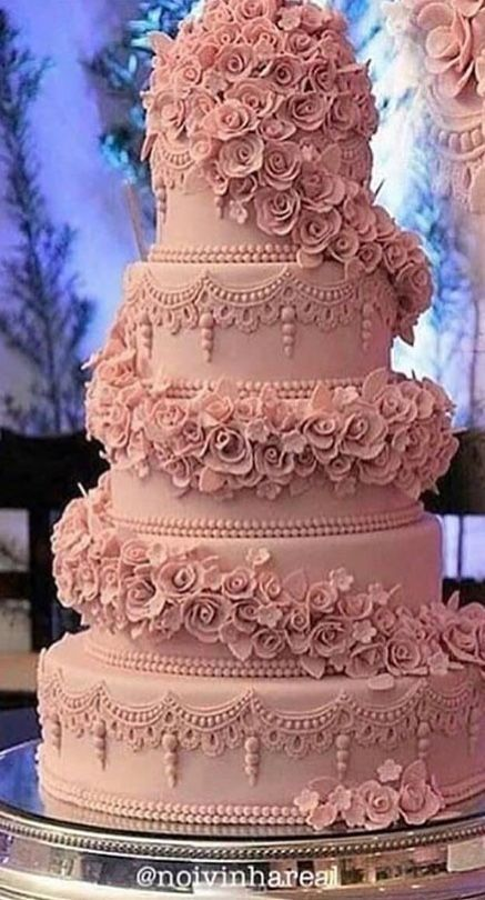 Love The Color Of This Cake It Looks A Soft Pink Wedding Cakes