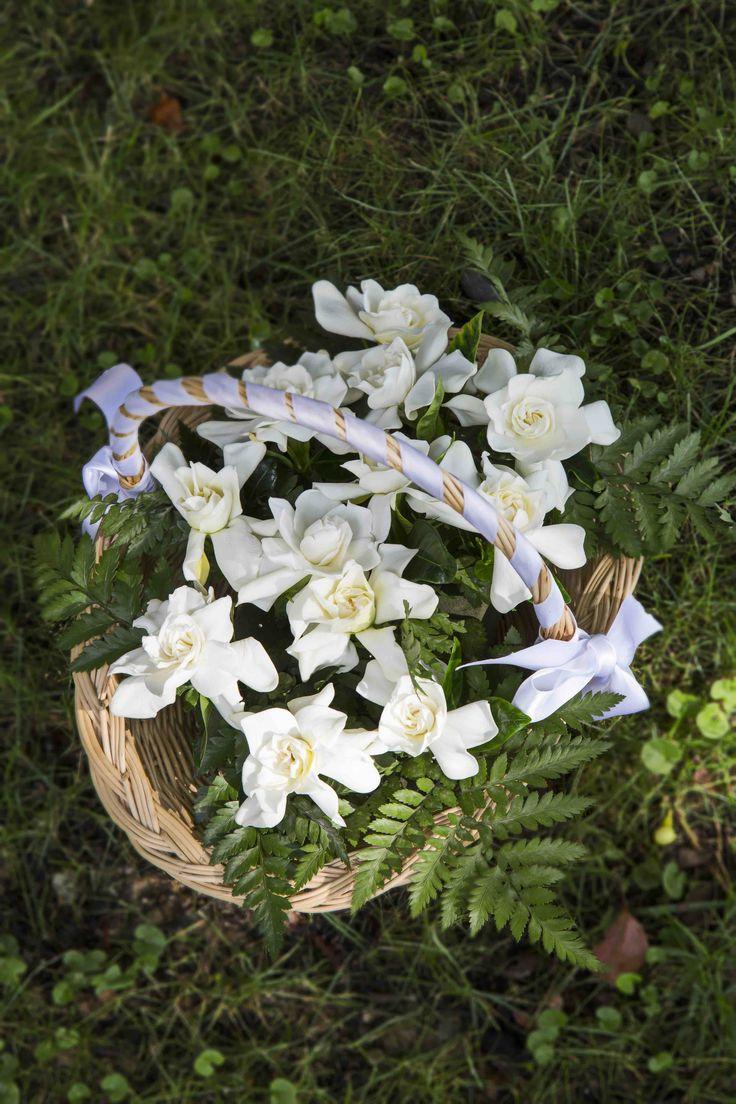 Gardenie per le bottoniere dello sposo e del seguito #matrimonio