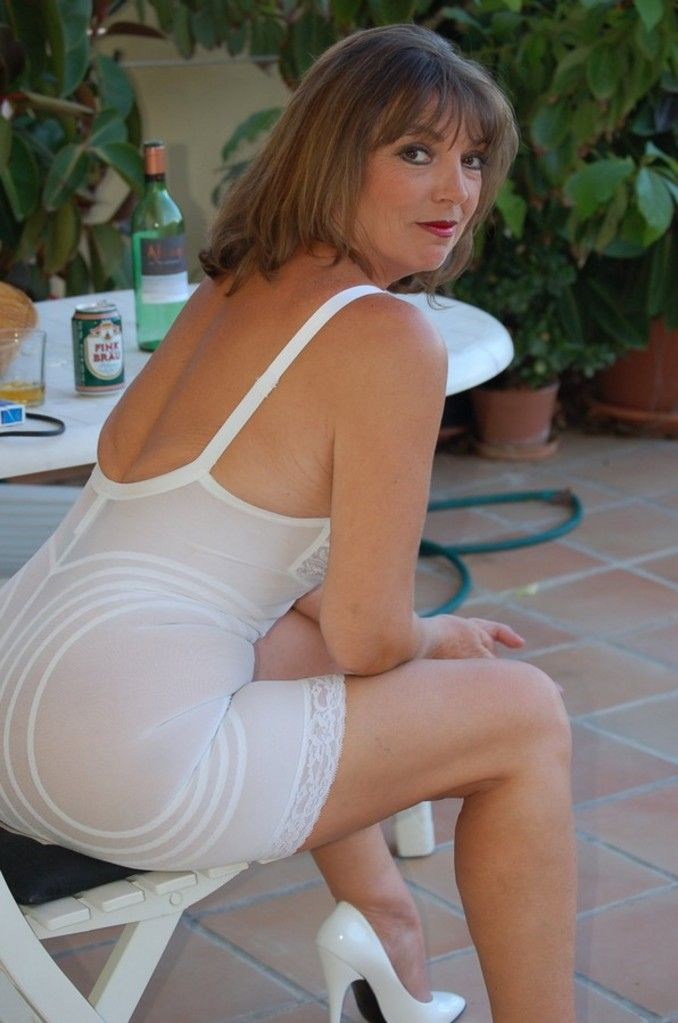 ware milf women Daily updated free mature porn videos for older women lovers free porn: lingerie, bra, milf, bikini, office, mom and much more.