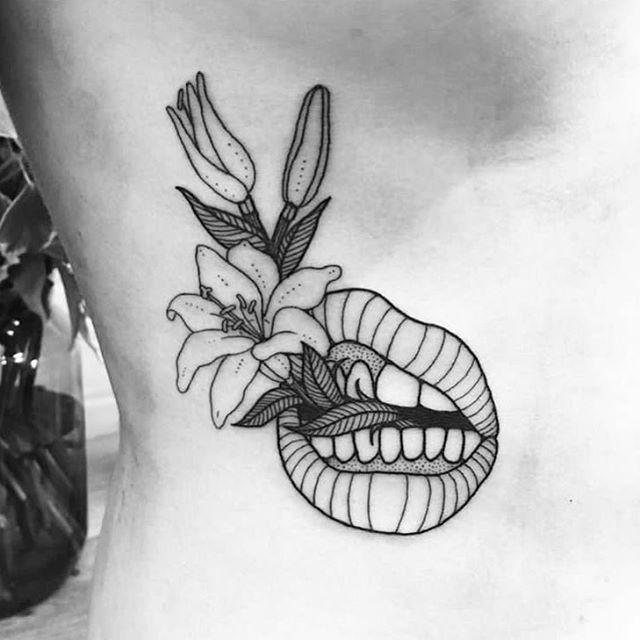 L32 Artist: @emilymalice #tattoomxmag #inklife #tattoo #tattoowork #turkey #tattooed #tatuaje #tatuajes #tattoomagazine #movie #dovme #tattoogirl #tattoodesign #tattoolobe #leon #inked #dovme #tattooarts #tattooideas #tattooist #magazine #ink  #instalove #collage #love #lol #kadrajgram #istanbul #turkey #americana…