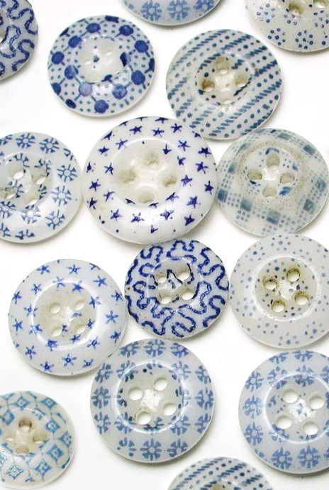 Beautiful Blue Antique China Calico Buttons