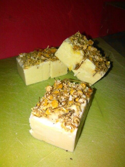 Saponcini oliva miele cera d' api e camomilla